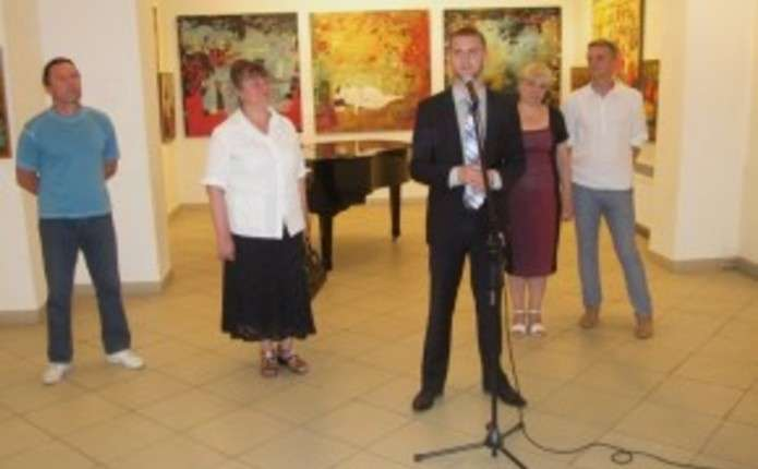 Виставку робіт претендентів на здобуття премії ім. Киселиці відкрили у  Чернівцях 1bf90aef1232a