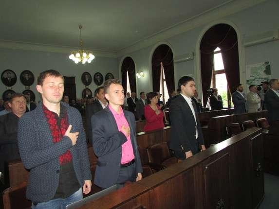 Депутати міськради Чернівців люстрували міського голову таекс-«регіоналів» (ТРАНСЛЯЦІЯ)