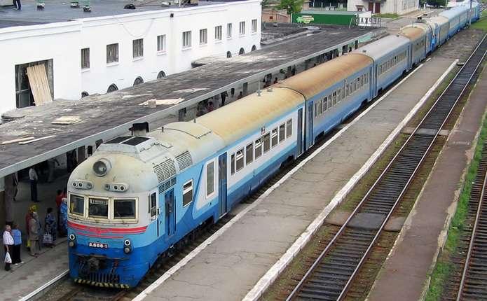 «Укрзалізниця» призначила ще3 додаткові потяги доВеликодня