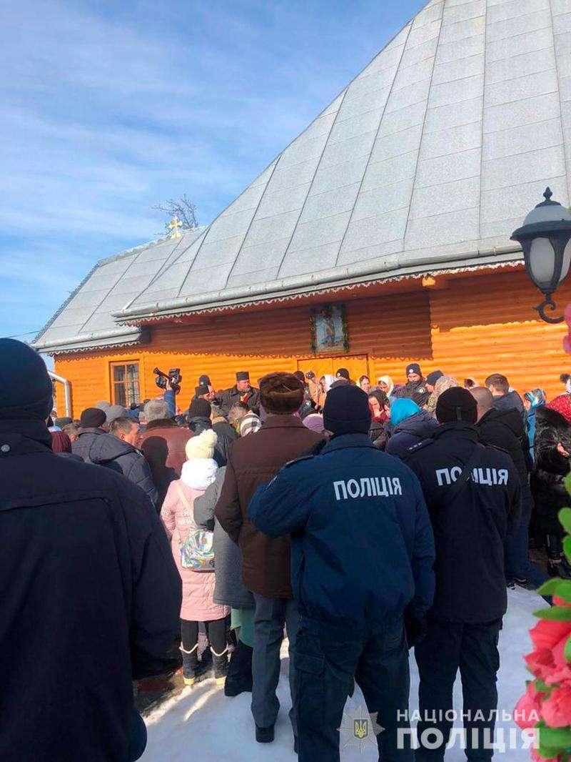 Ще кілька релігійних громад на Буковині перейшли до ПЦУ