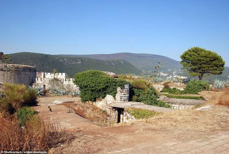 У Чорногорії відкриють розкішний готель на кістках загиблих
