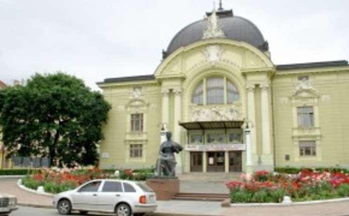 У театрі ім.О.Кобилянської розпочався 80-ий театральний сезон