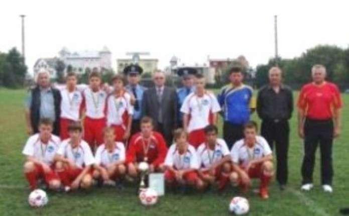 Буковинські гравці здобули срібло на Футбольних зірочках