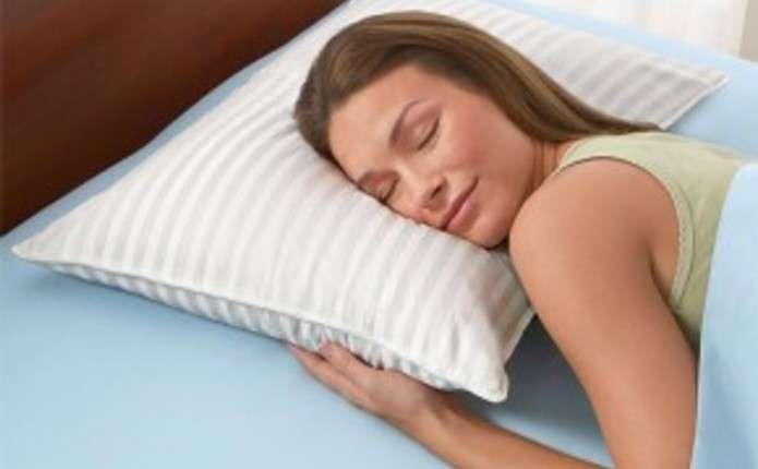 Як повернути старі подушки до життя
