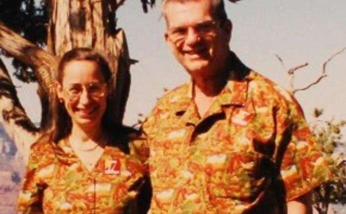 Подружжя 35 років носить однаковий одяг. Фото - Погляд – новини Чернівці 5dfce3f4cc212