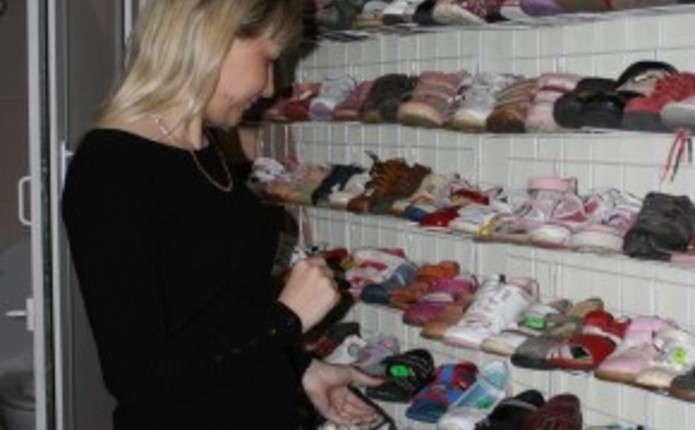 До комісійних магазинів чернівчани найчастіше здають дитячий одяг і взуття ec8e1a1c5ee5c