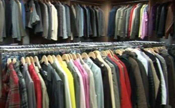 У Чернівцях недавно відкритий магазин Гардероб залило водою - Погляд ... 845714535371f