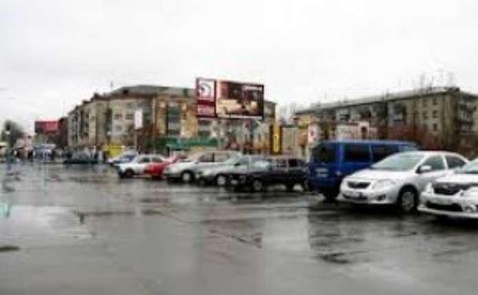 У Чернівцях заборонили паркуватися на більш ніж десятьох вулицях ... cca1df85a3abc