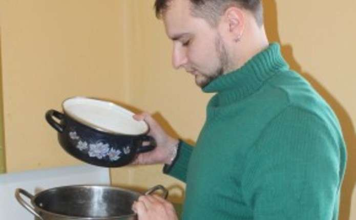 Який посуд вибрати, аби приготовані в ньому страви не зашкодили
