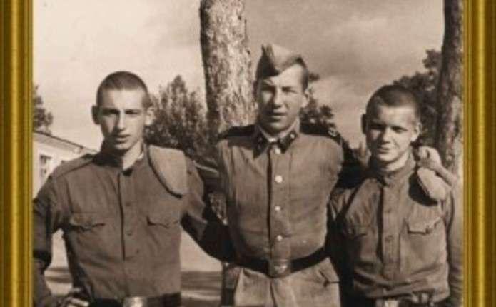 Репортаж Прохаська про його перебування в армії у Чернівцях презентують восени