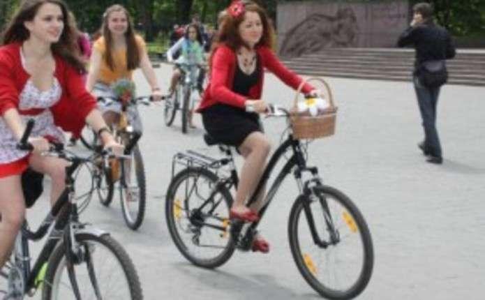 Велопарад дівчат Леді на велосипеді проведуть у Чернівцях