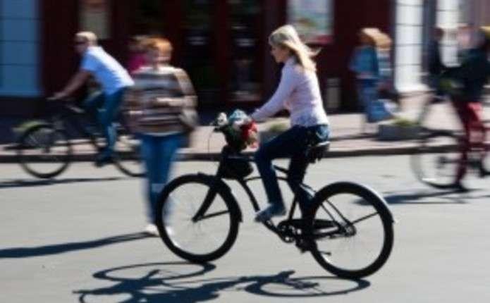 Мешканці та гості міста зможуть дослідити Чернівці під час велоекскурсії