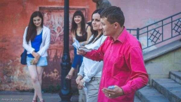 Молоді чернівецькі поети читали вірші на площі Святої Марії