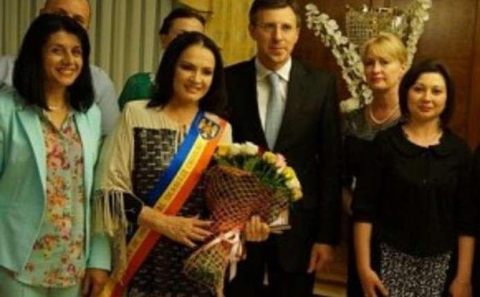 Українська зірка Софія Ротару стала почесною громадянкою Кишинева
