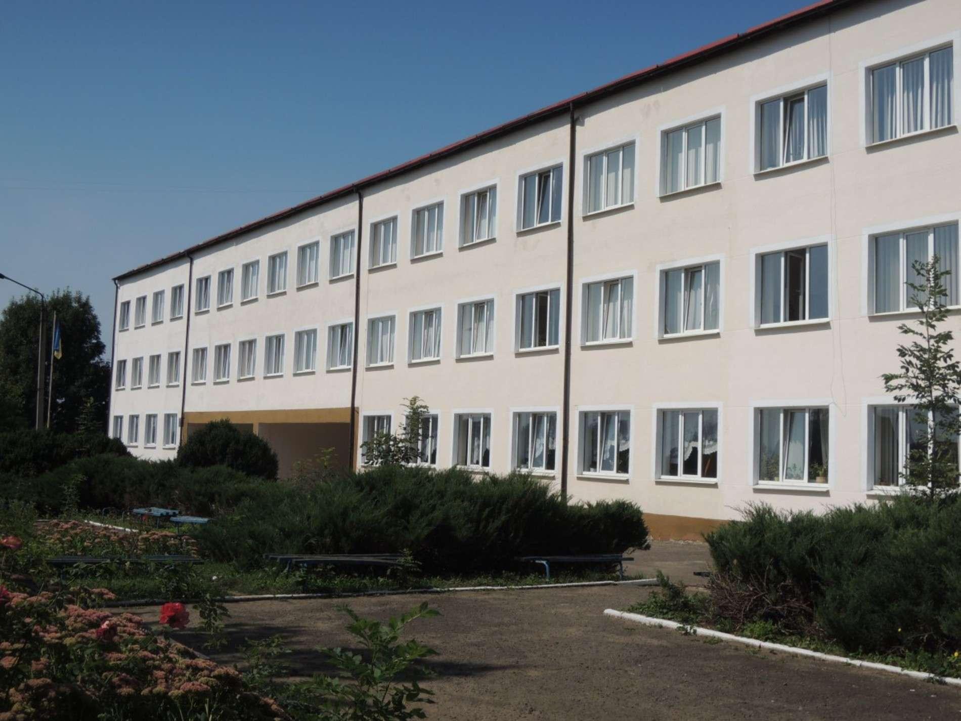 Школа в селі Колінківці Хотинського району потребує нових комп`ютерів