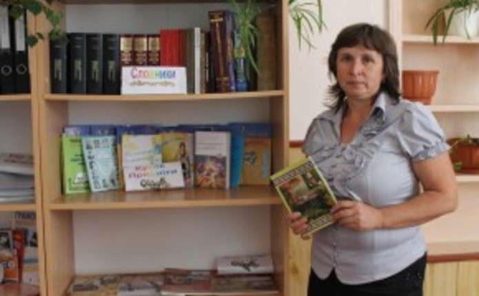 У Слободі-Комарівцях на Сторожинеччині навчаються у палаці