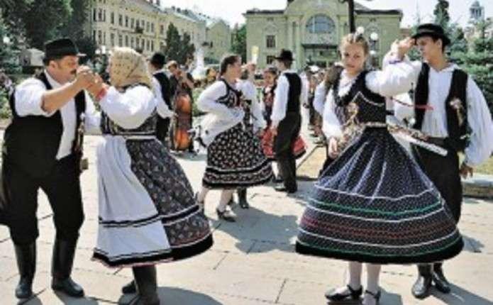 Міжнародний фестиваль Буковинські зустрічі відбудеться у Чернівцях на День міста