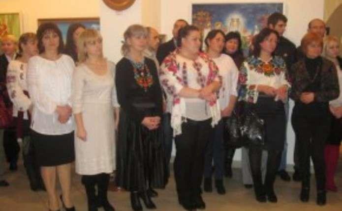 Вихованці Чернівецького художнього училища презентували виставку