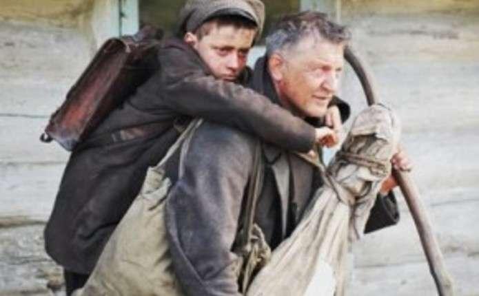 На презентацію стрічки Поводир до Чернівців приїде режисер Олесь Санін