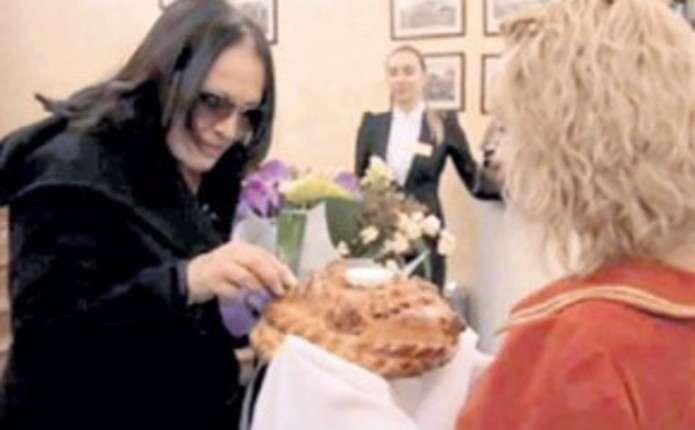 Софія Ротару отруїлася їжею в одному з готелів Красноярська