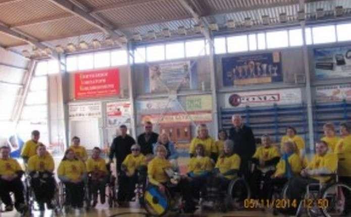 Для інвалідів-спинальників у Чернівцях провели міську спартакіаду