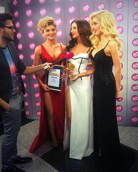 Ані Лорак у Москві отримала премію Золотий грамофон