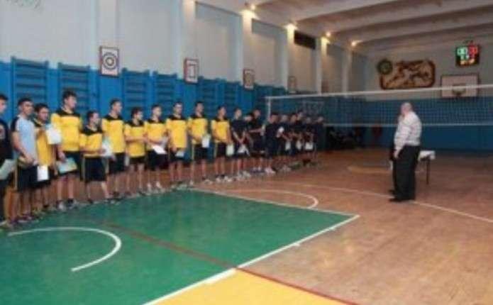 У Чернівцях відбулися змагання з волейболу серед учнівської молоді