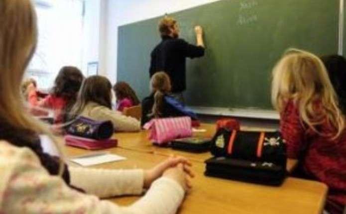 Навчання в загальноосвітніх школах хочуть скоротити до 9 років