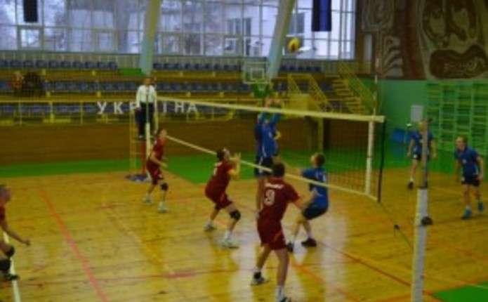 Буковинські волейболісти здобули три перемоги в аматорській лізі