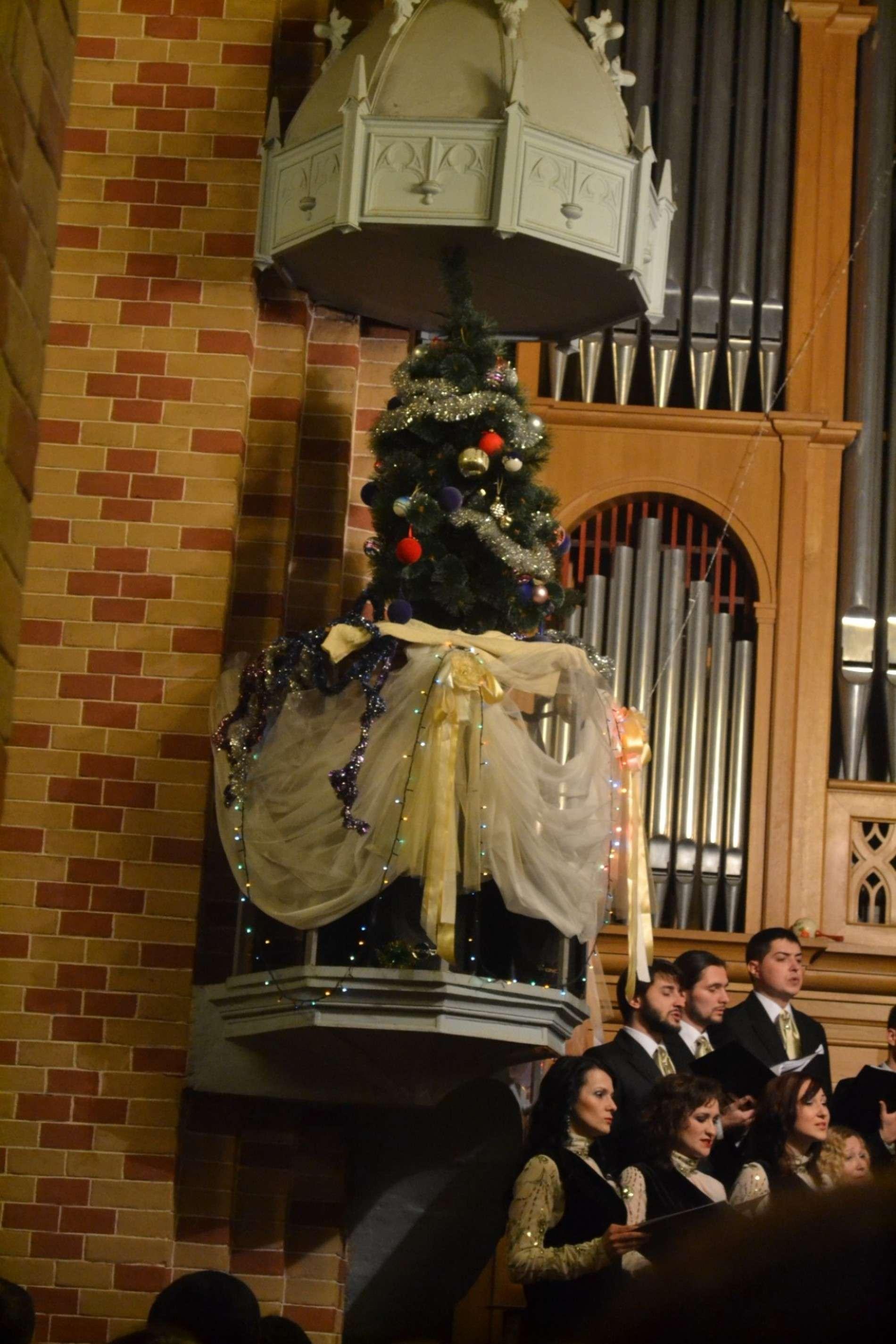 Камерний хор Чернівці виступив з новорічно-різдвяним концертом