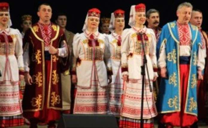 До Чернівців з різдвяною програмою їде Волинський народний хор