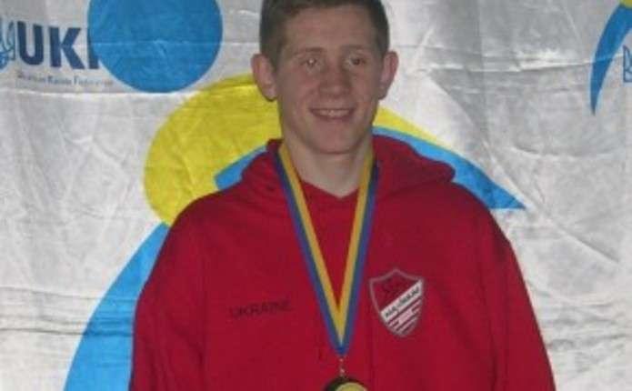 Чернівчанин представлятиме Україну на 42 юнацькому чемпіонаті Європи з карате