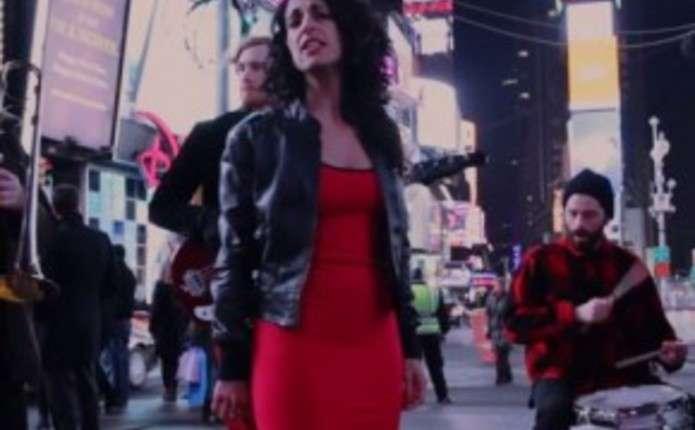 У центрі Нью-Йорка заспівали Червону руту Володимира Івасюка