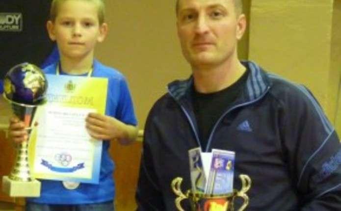 Чернівецькі борці відзначилися на ІІІ міжобласному турнірі в Банилові