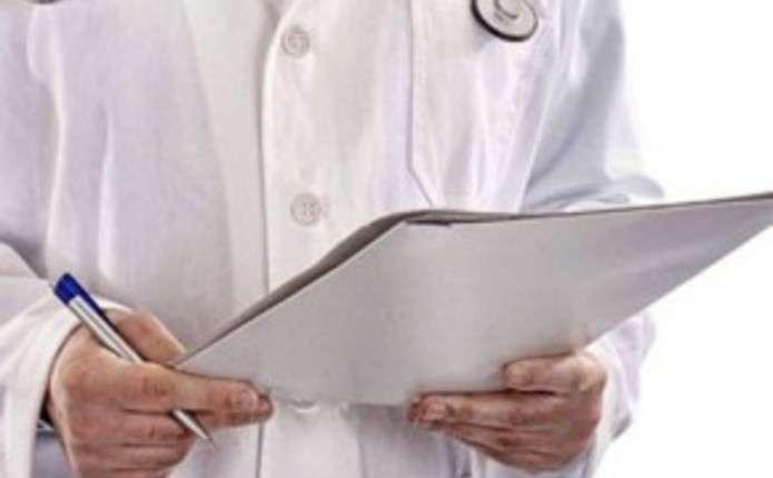 Приватним лікарням дозволили виписувати лікарняні