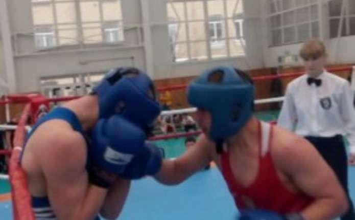 Буковинські боксери привезли нагороди з Луцька