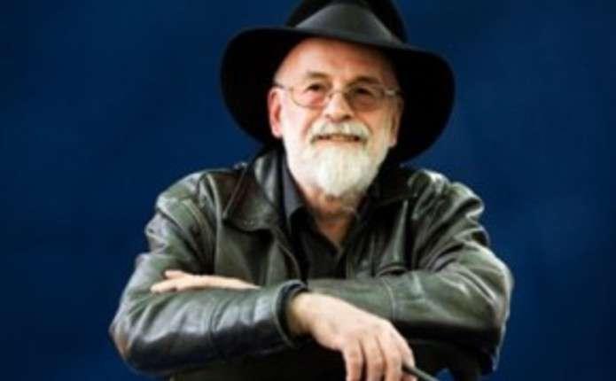 Помер один із найвідоміших письменників-фантастів Террі Пратчетт