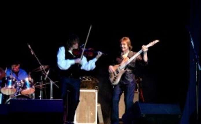 Всесвітньо відомий скрипаль-віртуоз та гурт Papa Duke приїдуть до Чернівців