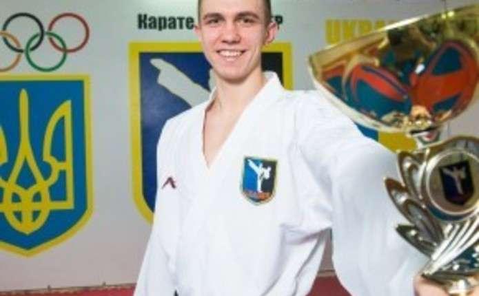 Чернівчанин піднявся на п'єдестал пошани Відкритого чемпіонату США з карате