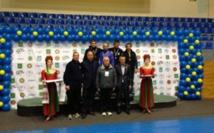 Чернівчанин здобув бронзову медаль дорослого чемпіонату з вільної боротьби