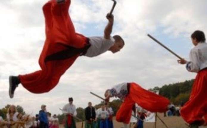 Юні козачата з Чернівецької області змагаються у Львові