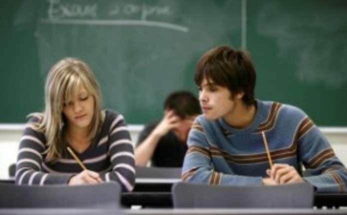 Цьогорічні тести ЗНО навіть учителям не під силу