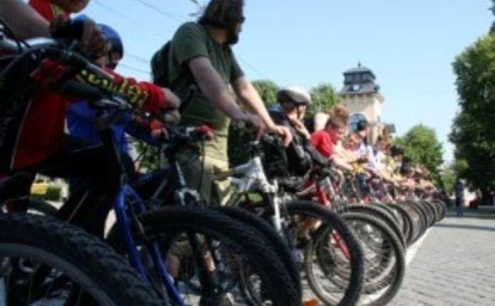 У Чернівцях обмежать рух транспорту під час проведення Велодня