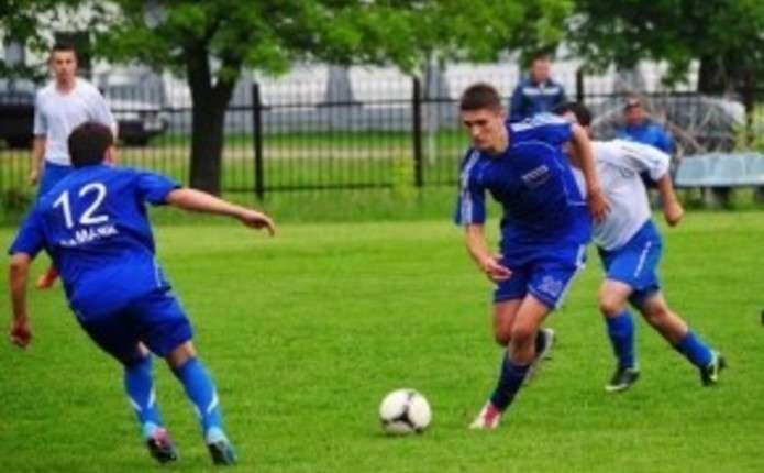 Буковина-2 здолала Маяк у 7 турі чемпіонату області з футболу