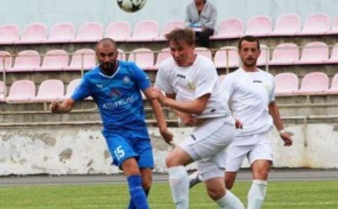 Футболісти ФК Буковина перебувають на перегляді у Ниві
