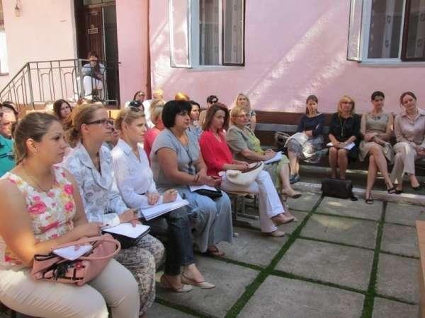 Фахівці з Швейцарії провели тренінг для психологів і психотерапевтів Буковини
