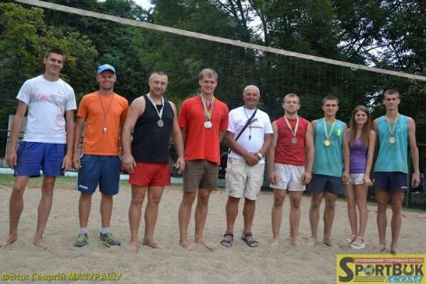 У Лізі пляжного волейболу 2015 у Чернівцях лідирують чоловіки