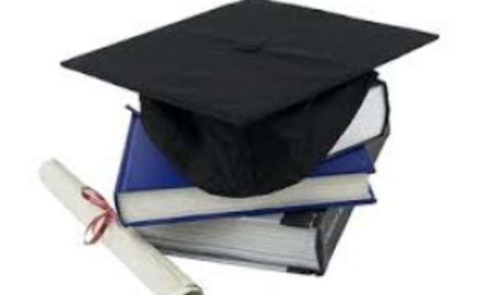 Тільки 4% буковинців мають базову вищу освіту
