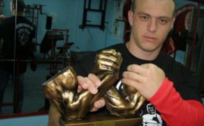 Чернівчанин відзначився на змаганнях з армспорту у Німеччині
