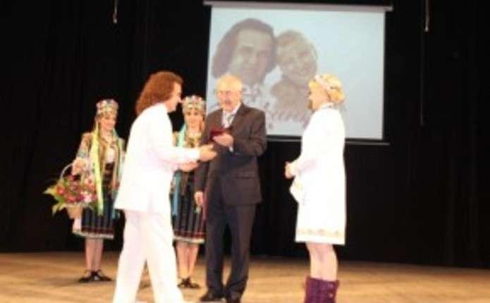 Колектив філармонії Чернівців з 75-річним ювілеєм привітав міністр культури